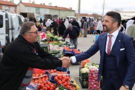 Başkan Yüzügüllü esnaf ve pazarcılarla bir araya geldi
