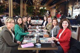 Kadınlar Günü'nde kadınlar bilgilendi