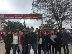 Odunpazarı Belediye Tiyatrosu cezaevinde sahne aldı