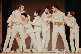 Sui Generis Tiyatro ''12 Öfkeli'' oyunuyla izleyicilerle buluştu