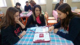 Eskişehir Hacı Süleyman Çakır Kız Anadolu Lisesi, '3'ncü Geleneksel Türk Akıl Oyunları Turnuvası' düzenledi