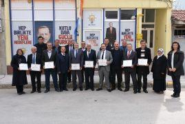 İnönü Belediye Meclis üyeleri mazbatalarını aldı