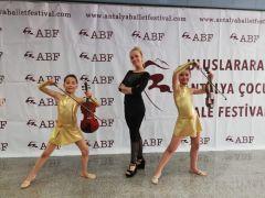 Minik Baleciler Odunpazarı'nı Antalya'da temsil etti