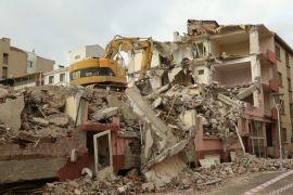 Orunpazarı'nda riskli yapılar yıkılıyor