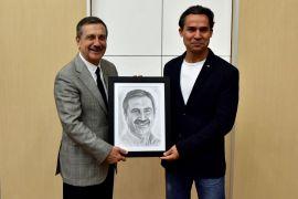 Gazi Sel'den Başkan Ataç'a özel hediye
