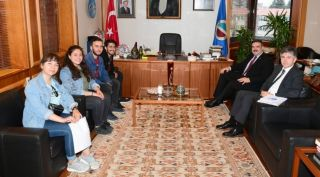 Gönüllü Toplumsal Hizmetler Kulübü'nden Rektör Çomaklı'ya ziyaret