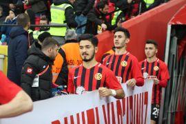 """(Özel haber) Fıratcan Üzüm: """"Her futbolcunun hayalidir Trabzonspor'da oynamak"""""""
