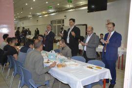Türkiye Diyanet Vakfı Eskişehir Şubesi ve Gençlik Koordinatörlüğü'nden iftar yemeği