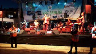 Eskişehir'de yaşayan Çeltikliler'in  '1. Geleneksel Yaz Şenliği' konseri coşkulu geçti