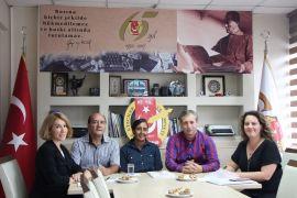 İngiliz Müsteşar Eskişehir'de gazetecilerle buluştu