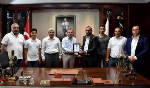 Şirintepe Spor Kulübü'nden Tepebaşı Belediye Başkanı Ahmet Ataç'a teşekkür