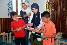 Yaz Kur'an kurslarındaki 2 bin çocuğu kapsayan sağlık eğitimi