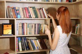 Akademinin tercihi Ataol Behramoğlu Kitaplığı