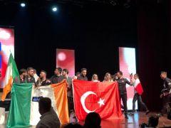 29 Ekim'de Türk bayrağını İtalya'da dalgalandırdılar