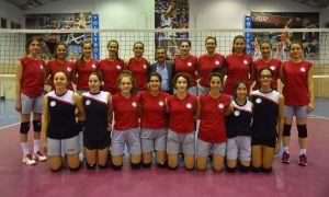 Başkan Ataç başarılı voleybolcuları ziyaret etti