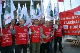 İşçiler açlık grevine başladı