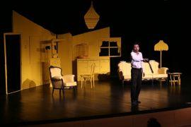 'İkinci Dereceden İşsizlik Yanığı' oyunu Ankara yolcusu