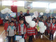 İlkokulu öğrencileri 225 ünite kan topladı