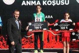 Odunpazarı Belediyesi Atletizm Takımı Türkiye Şampiyona'sında 1'inci oldu