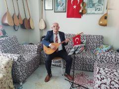 Eskişehirli Ozan Arif Çayır, koronavirüsten korunmak için 'maske takmayı' sazına taşıdı