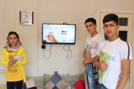 Mülteci ailelerden 'online' ders için Türkiye'ye büyük teşekkür