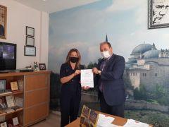 Seyitgazi Şehit Mustafa Akbaş ilkokuluna ''Okulum Temiz Belgesi'' takdim edildi