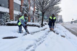Tepebaşı'nda ekiplerin kar ile mücadelesi