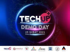 """Girişimci ve yatırımcılar """"Teknoloji Odaklı Hızlandırıcı Programı'nda (TechUP) buluştu"""