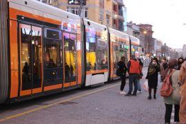 Tramvaylar durunca vatandaş mağdur oldu