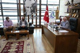 Filistin Yardımlaşma ve Destekleme Derneği'nden Başkan Kurt'a teşekkür ziyareti