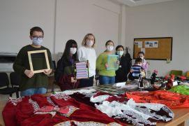 Pandemiyi fırsata çevirerek farklı şehirlerin kültürünü öğreniyorlar
