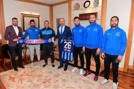 Anadolu Üniversitesi Futbol Takımı'ndan yeni sezon öncesi Rektör Erdal'a ziyaret