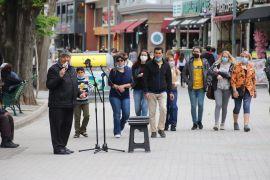 Eskişehir'in meşhur sokak müzisyenleri yerlerini aldı