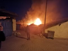 Evde çıkan yangın kısa sürede kontrol altına alındı