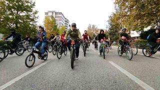 Eskişehir OSB 'Cumhuriyet Bisiklet Turu' etkinliği düzenledi
